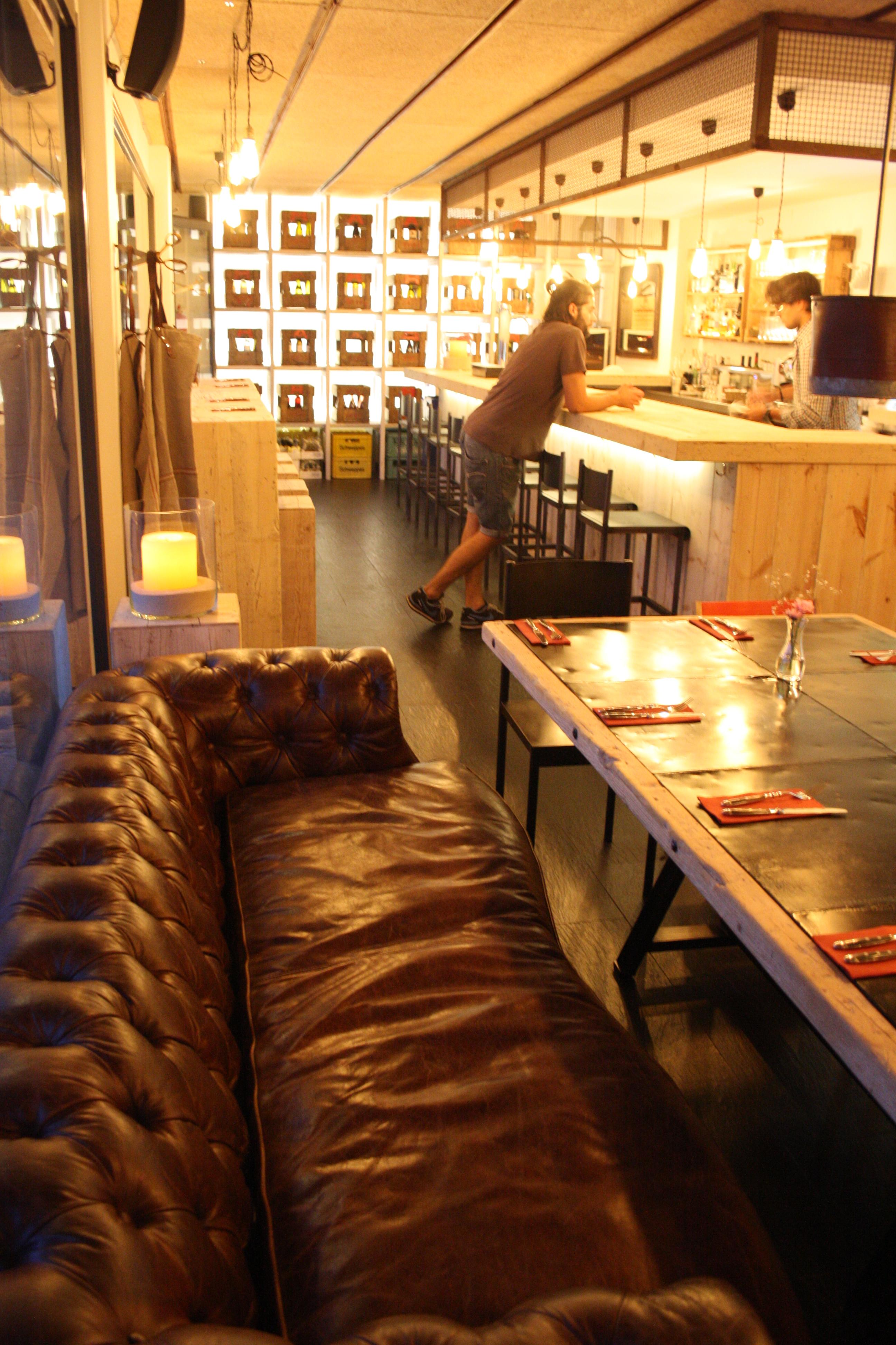 La Burgueseria Sant Cugat Mr Mrs Gourmet # Sant Cugat Muebles Antiguos
